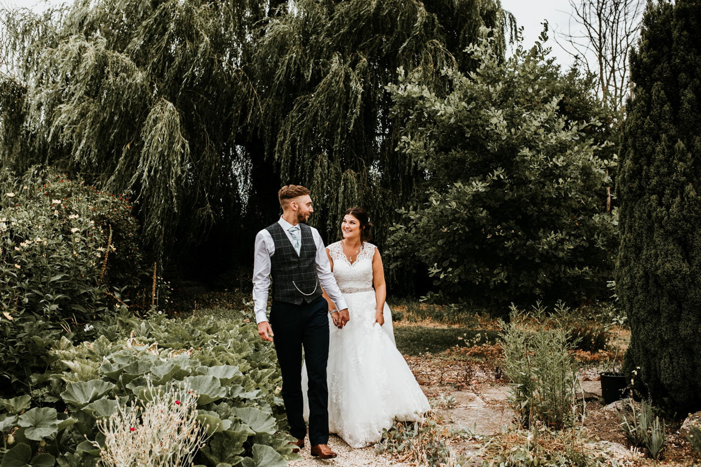 Olivia and James, Moonraker Hotel, Wiltshire 39