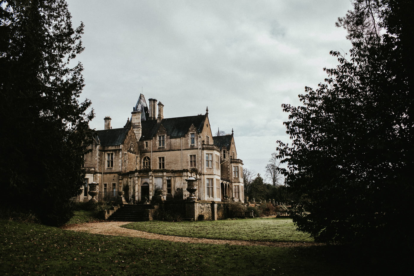 Chloe and Lewis, Orchardleigh House, Somerset 49
