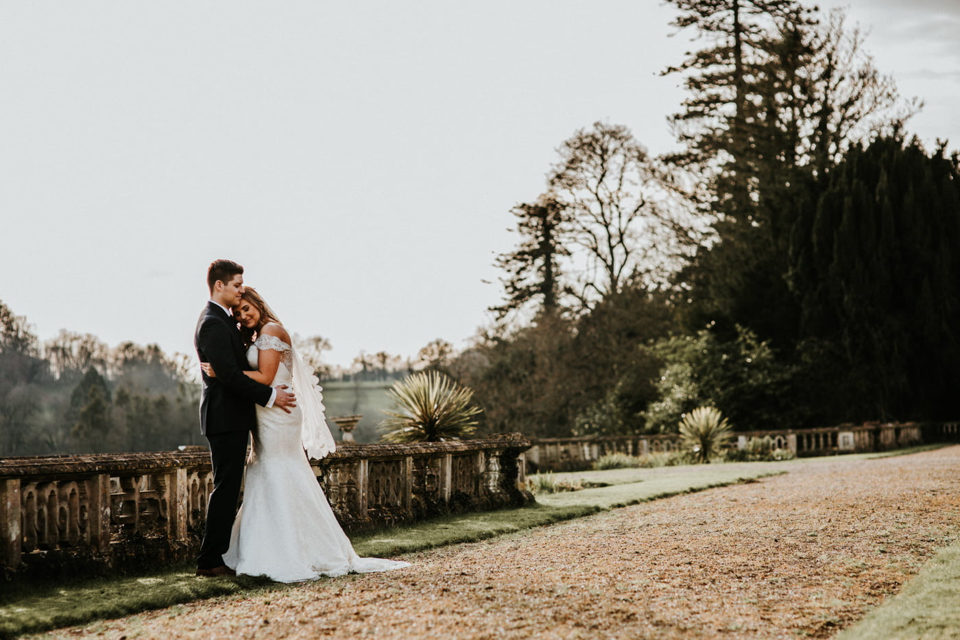 Chloe and Lewis, Orchardleigh House, Somerset 6