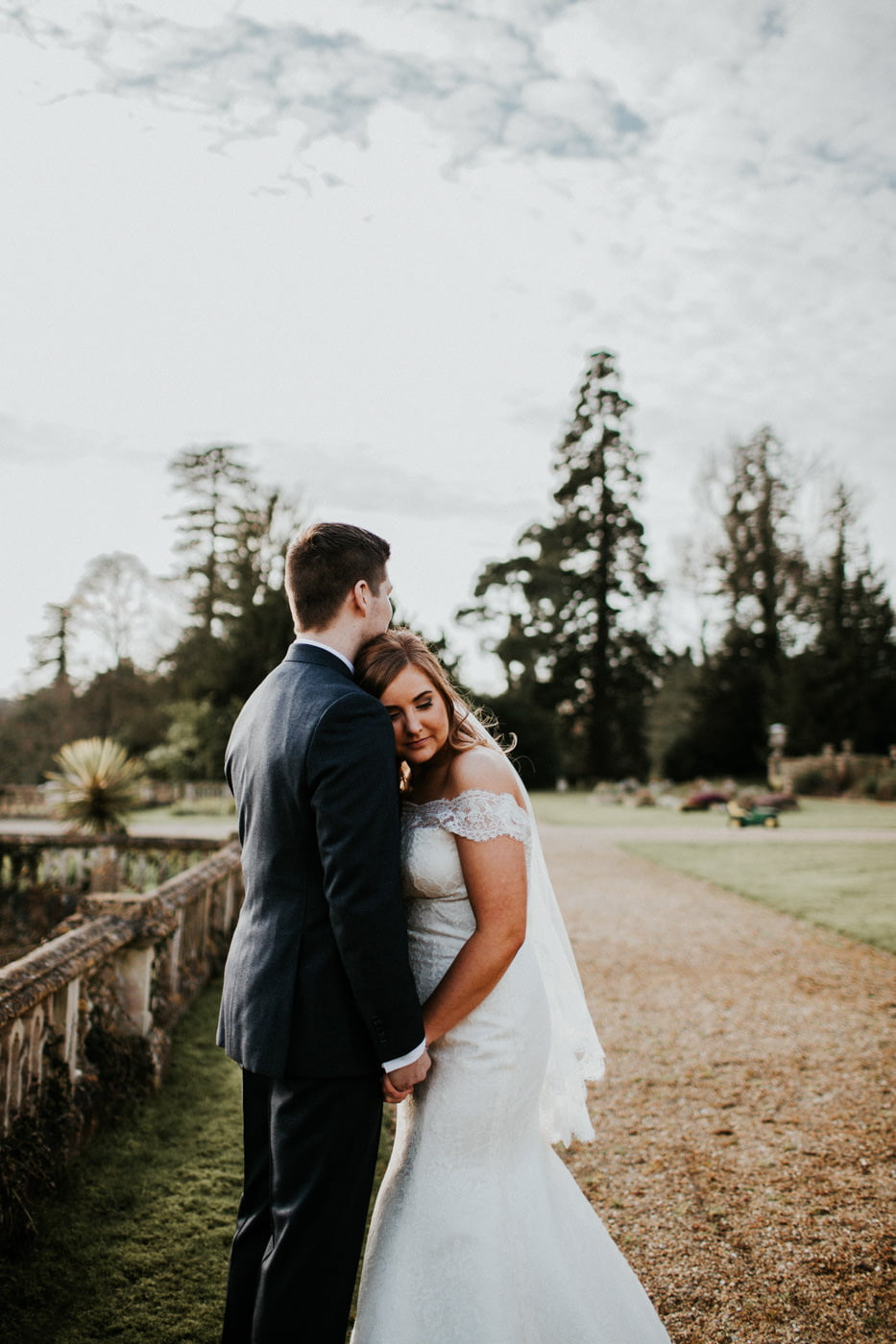Chloe and Lewis, Orchardleigh House, Somerset 21