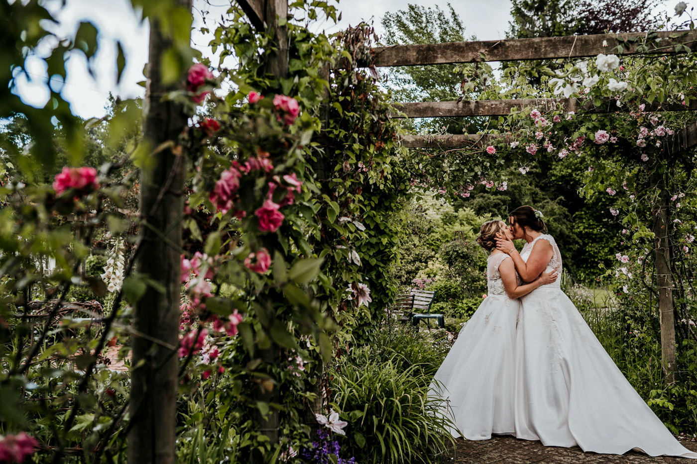 brides missing in gardens at mill